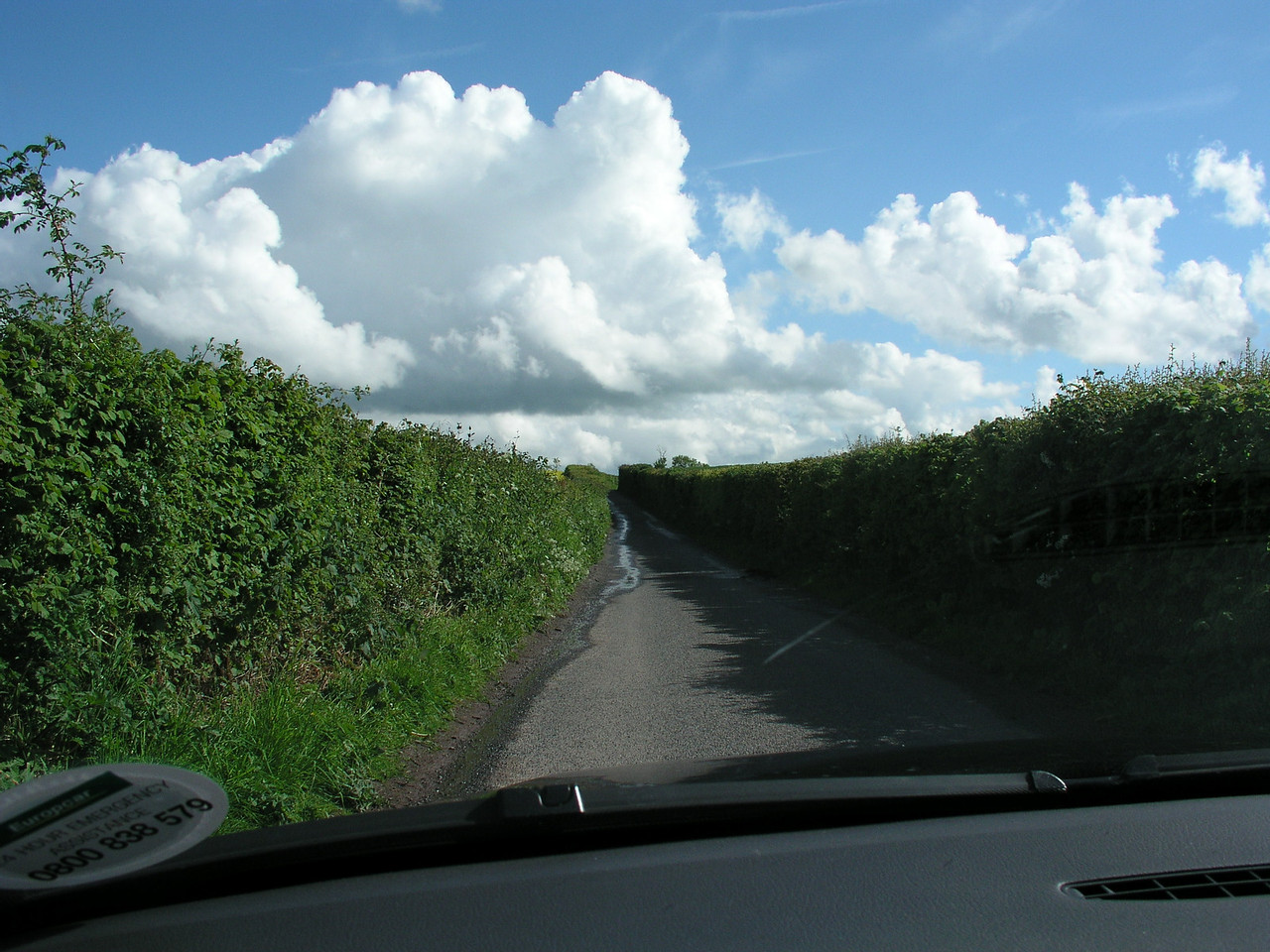Yes, this IS a two-laned road!<br /> Golden Valley<br /> May 22. 2005