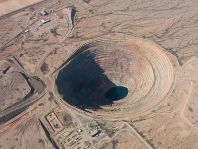 A pit mine near Casa Grande.