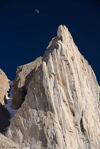 Rock climbing on The Hulk. Bridgeport, California, USA