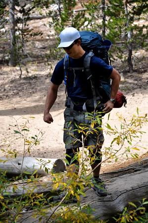 Hiking Cottonwood Lakes 012