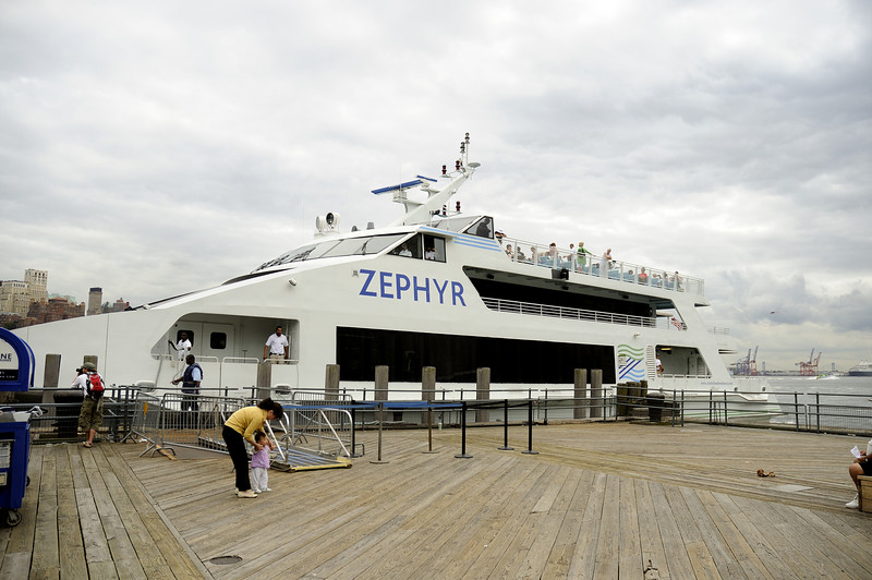Harbor cruise on the Zephyr
