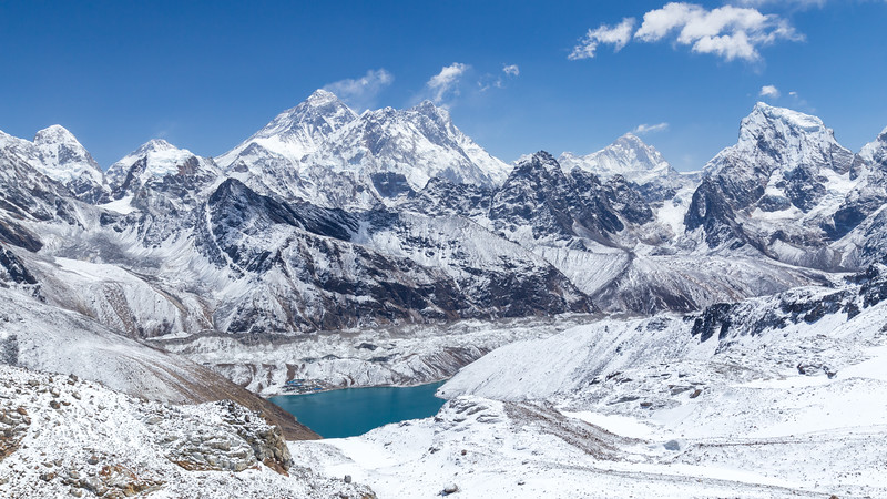 From Gokyo to Everest
