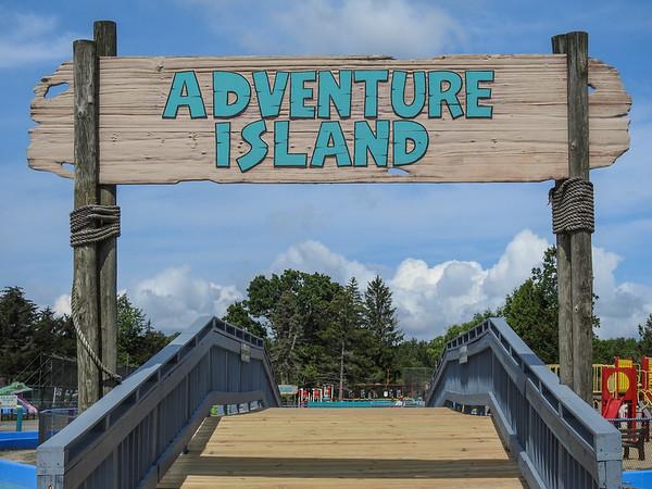 Pioneer Waterland & Dry Fun Park