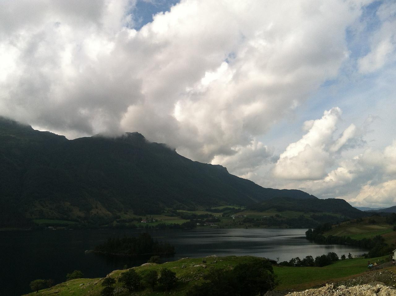 Views of Sande Farm from E134