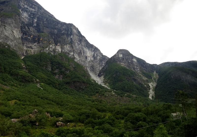 The mountains surrounding Gudvangen are beautiful.
