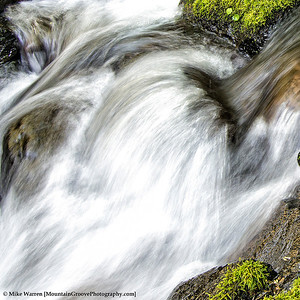 A close up of the water action on Ruckel Creek.