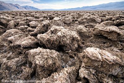 The Devil's Golf Course, knee high salt formations