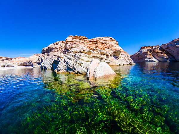 This water is unreal! I though Mead was clear. That was nothing compared to Lake Powell towards Lower Antelope Canyon