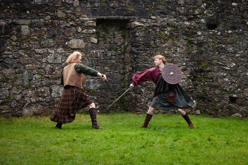 Kilchurn Castle sword fight