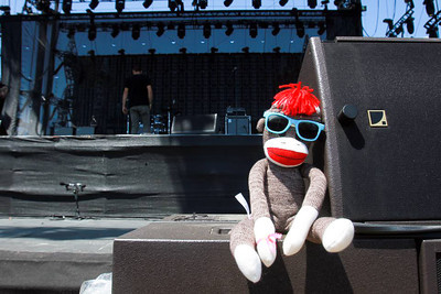 Kickin' it at the Coachella main stage a couple hours before snoop and Dr. Dre.