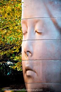 More Millennium Park public art.