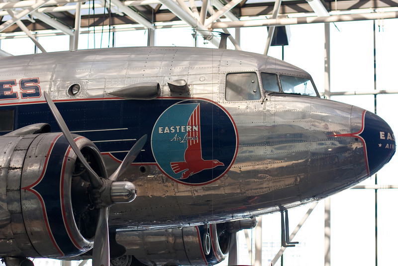 I love the look of classic planes.