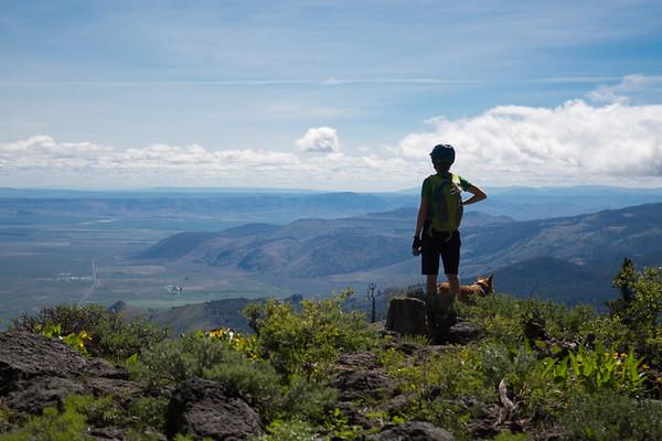 Views for weeks, Winter Ridge creates the far northwestern corner of the Great Basin.