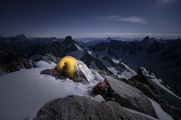 Valentine Fabre bivouacked on the south summit of the Aiguille d'Argentière - 3841m