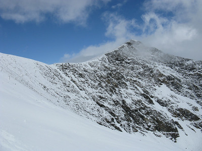 Half way up Gray's north slope and looking over to Torreys, which summit is much more pointed than Grays summit.