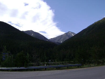 That's Torreys Pk back on the right, as taken from the I-70 Bakerville Exit (#221) on 8/5/08. [The summit of Grays is barely hidden behind Torreys.]