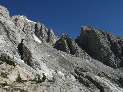 View up wall on right of south fork of Garnet Cyn.