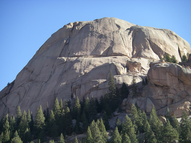 Dome Rock (9044') rises about 800 ft above the creek rounding its base.
