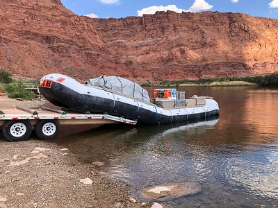 This sucker is over 35 feet long. .. Yep, this is starting to look serious! ... Lee's Ferry weblink below: