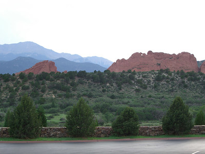 OK, Sunday afternoon at Garden of the Gods - and life is good! Ben Phelps and I are going to start out with a walk up to the park's high point - atop the ridge to the far right of the Kissing Camels.