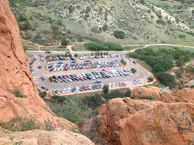 A busy day at Garden of the Gods, though almost no climbers were on the walls.