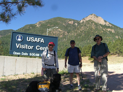 GLS Hike to Eagle Peak above the USAFA - 6/14/08