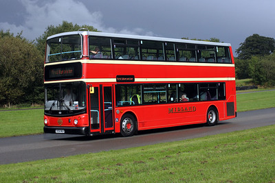33404-VX54 MUA at Donington park, Showbus 2017.