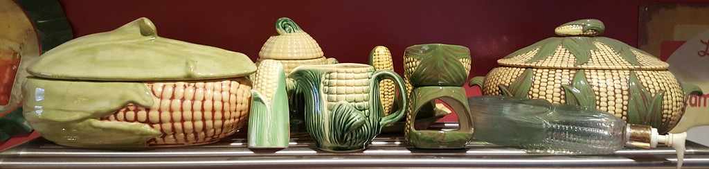 Corn pottery of various kinds