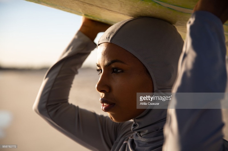 Surf hijab for acvisuals