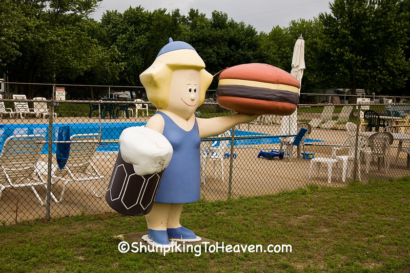 Antique A&W Mama Burger Statue, Cedar County, Iowa