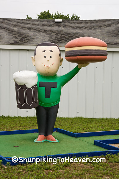 Antique A&W Teen Burger Statue, Cedar County, Iowa
