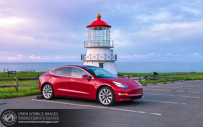 190326_0287_tesla_Model_3_at_Shelter_Cove_Mendocino_Lighthouse