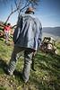 Familie Josef Schwegler-Schneider<br /> <br /> Josef Schwegler, Jolanda Schwegler mit ihren Kindern Christoph, Claudia und Sonja mit Partnern. Seit 1995 führt Josef Schwegler den eigenen, von seinen Eltern übernommen Hof. Auf seinem Kleinbetrieb betreibt der gelernte Schreiner, der sich erst mit 40 Jahren noch zum Landwirt ausbilden liess, vorwiegend Milchwirtschaft. Die Milch seiner 10 Kühe bringt er, wie auch die anderen Bauern im Dorf zur Milch-Sammelstelle auf den Misteli Hof, wo sie in einem Tank gelagert und mehrmals wöchentlich von einer Milch Handelsorganisation, aktuell der MOOH, abtransportiert wird. An Speziellem pflegt Joseph als einziger Betrieb im Thal noch die Schweinezucht. Die Pflege der 4 Muttersauen und der Ferkel verlangt neben guten Kennnissen und viel Sorgfalt vor allem eine grosse Erfahrung, wie Josef sie mitbringt. Eine grosse Baumplantage mit 150 Bäumen gehört zum Hof. Die Zukunft des Kleinbetriebes ist ungewiss © Patrick Lüthy/IMAGOpress.com / Text: Max Misteli