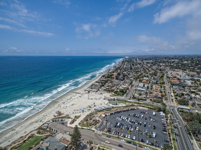 Encinitas and Moonlight beach looking North