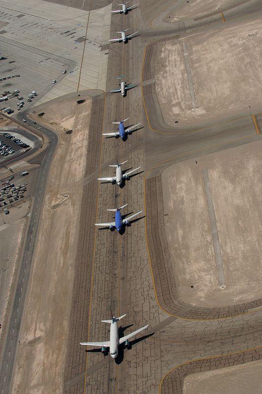 AircraftLineupLV100_4078