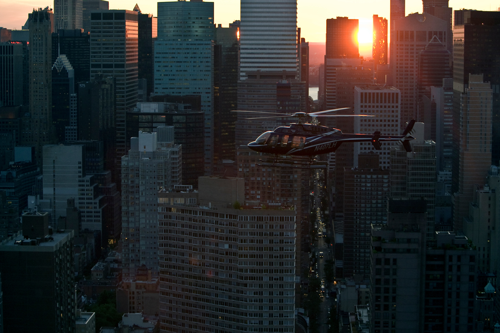 HelicopterFlightServices07-02-2007_D9Z1935