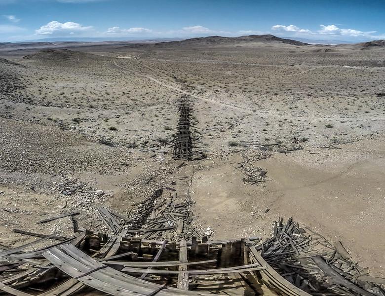 008 Noonday Mine, Tecopa.  (5 images)