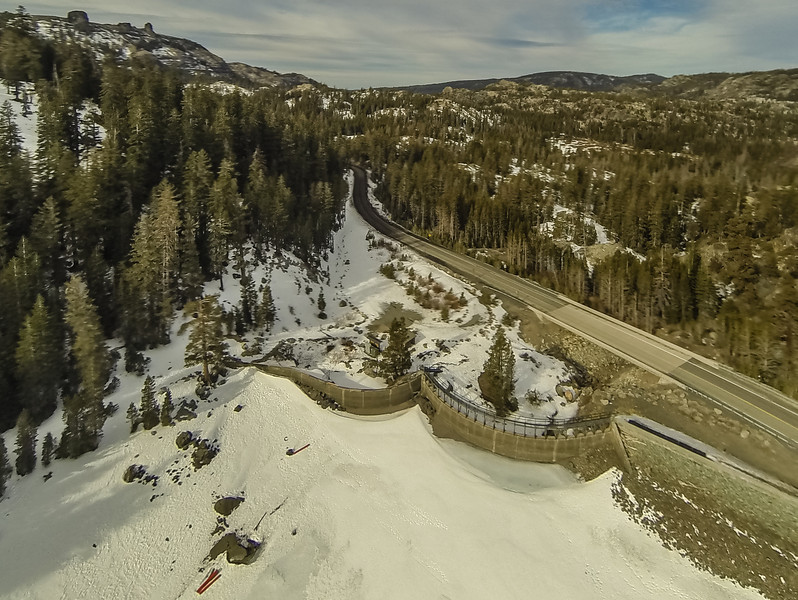 """Drought conditions at Caples Lake, California <a href=""""http://ireport.cnn.com/docs/DOC-1079175///"""" target=""""_blank""""> Jan. 28, 2014 report on Drought in the Sierra Crest on CNN.</a>"""