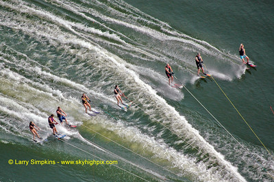 Lake Anna water ski record (maximum number of skiers behind one boat) August 2010, image #3