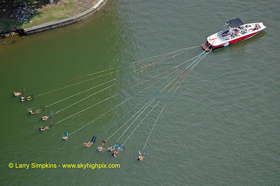 Lake Anna water ski record (11 skiers behind one boat ! ) August 2010,