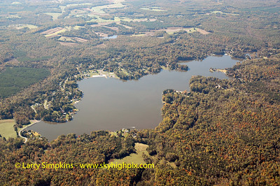 Lake Louisa, (Blue Ridge Shores), Louisa County, Virginia. October 2005 Image# 025