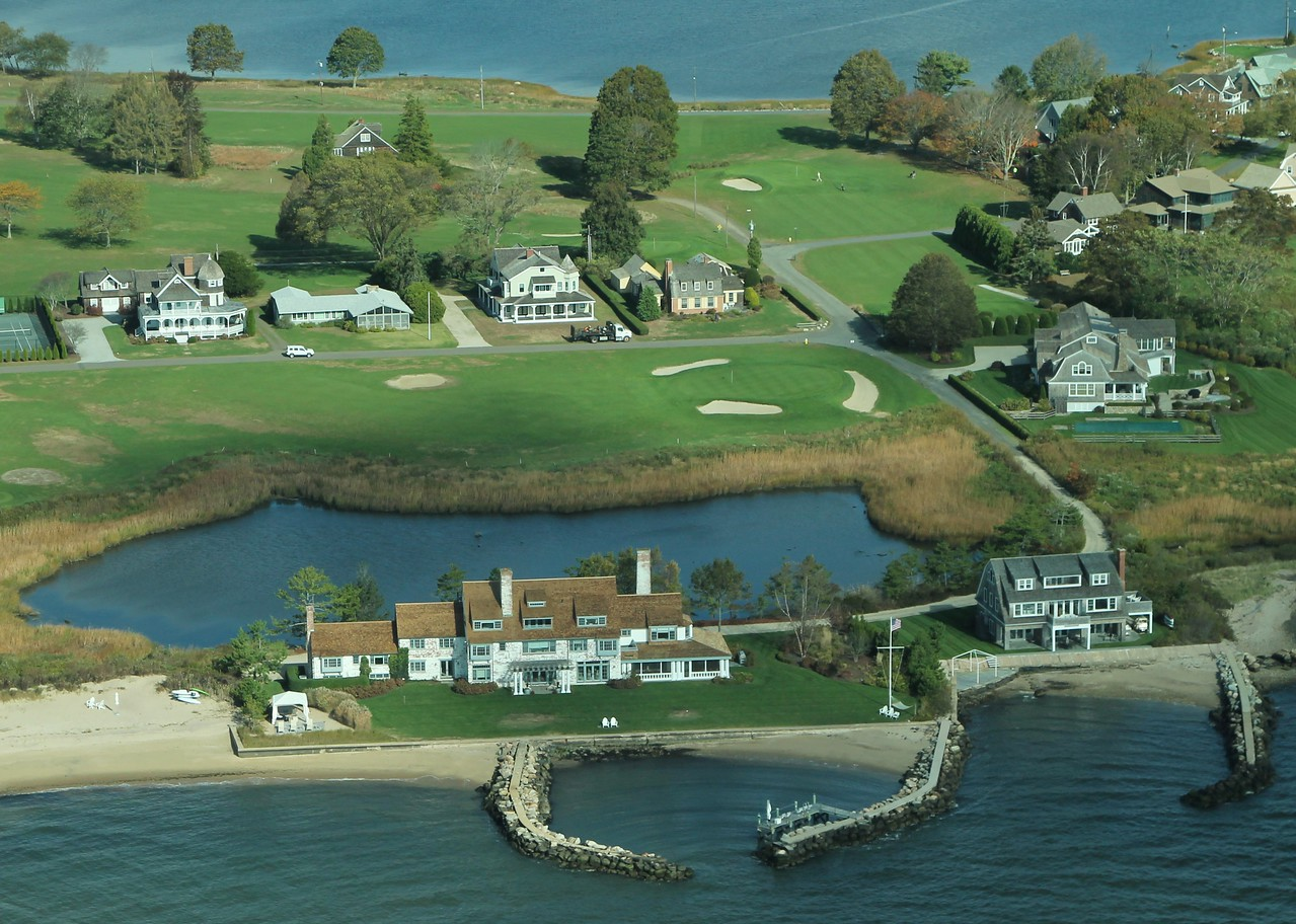 Katherine Hepburn's former home - Fenwick District, Old Saybrook