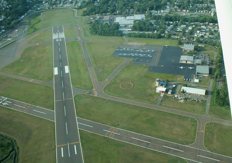 Tweed-New Haven Airport (KHVN)