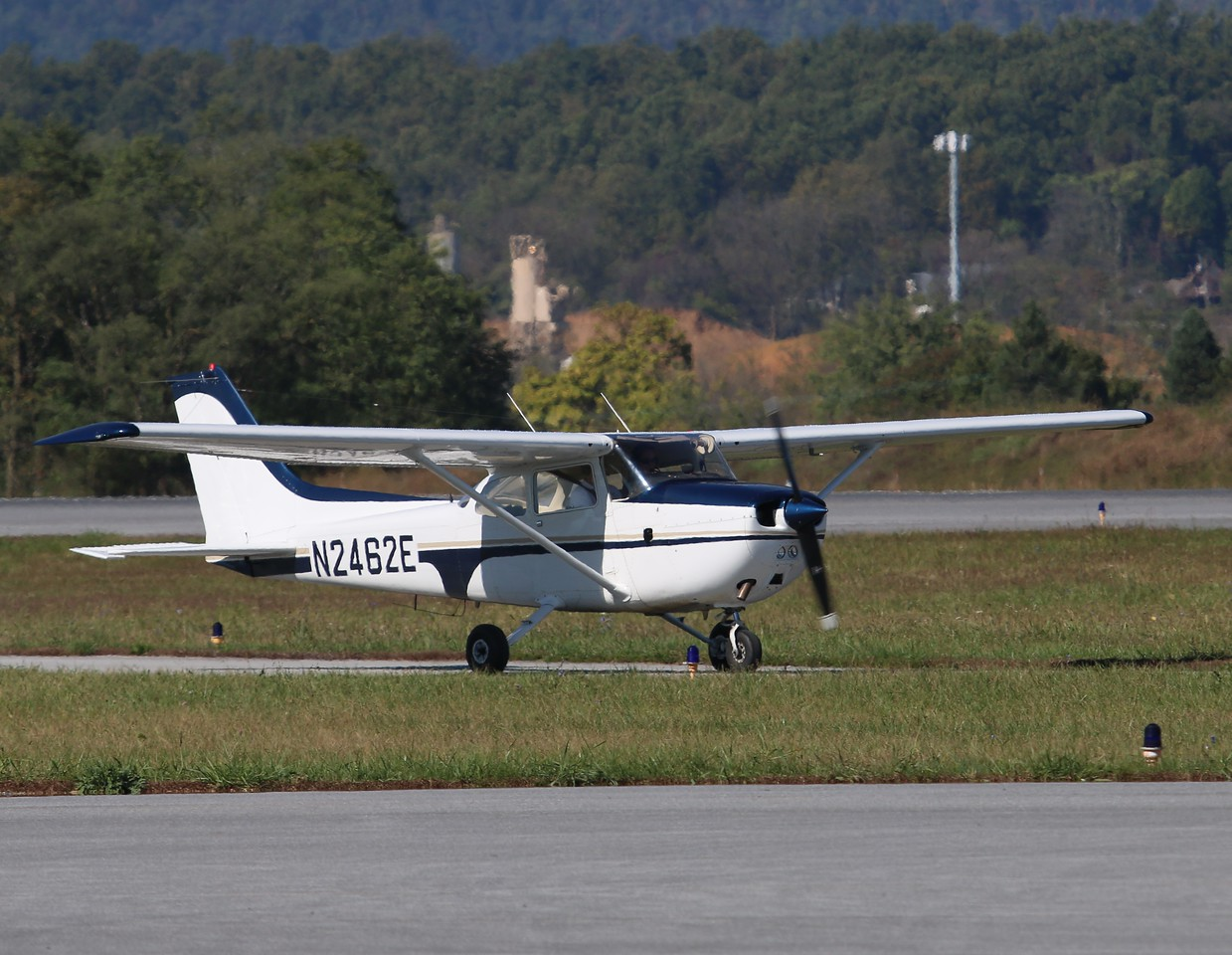 Aircraft utilized; Cessna 172 [N2462E]