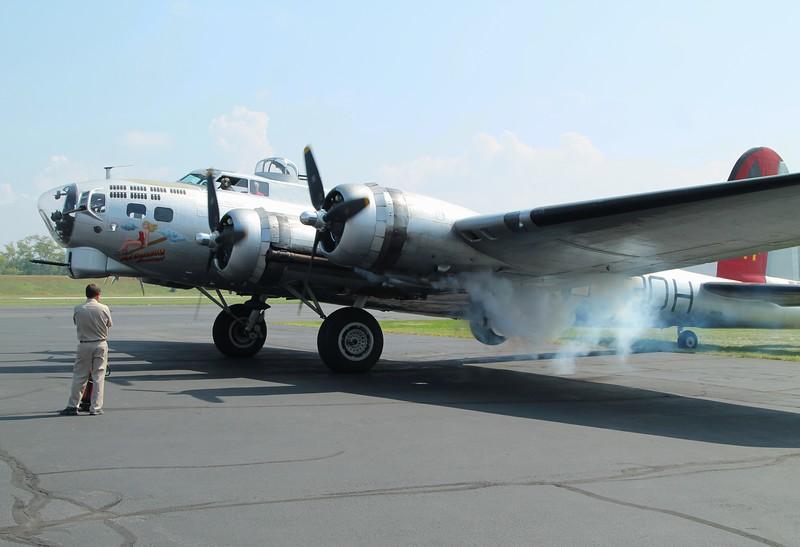 Aircraft utilized; B-17G [N5017N] 44-85740