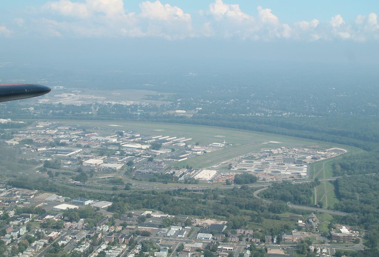 Hartford-Brainerd Airport (KHFD)