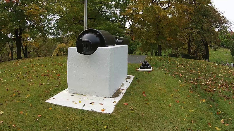 Highland Memorial Cemetery Monument with Flagpole