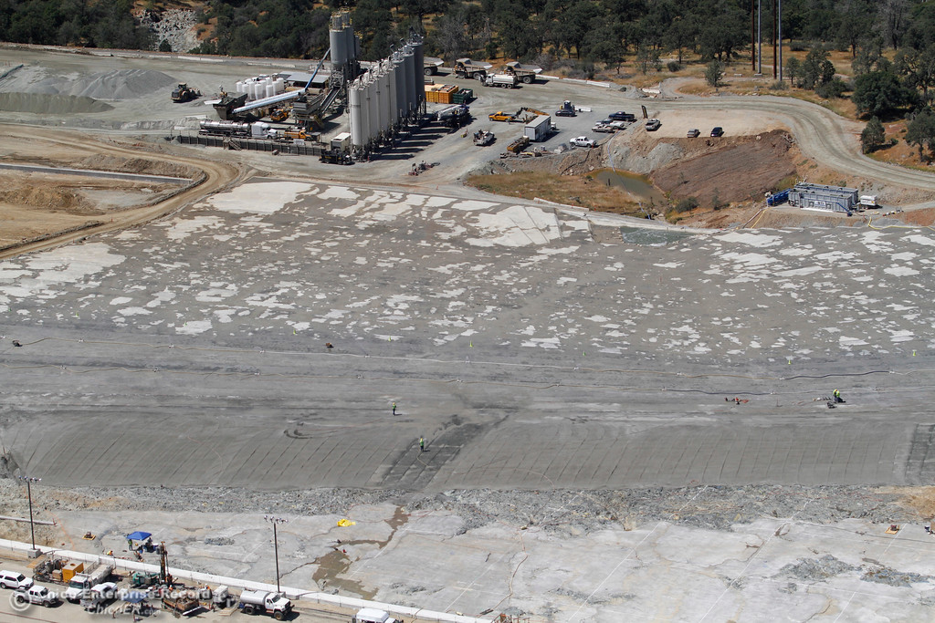 . Splash pad, looking from Lake Oroville toward Diversion Pool. An aerial view of the Oroville Dam and spillway from the Butte County Sheriff\'s Office helicopter Friday, May 17, 2018, in Oroville, California. (Dan Reidel -- Enterprise-Record)