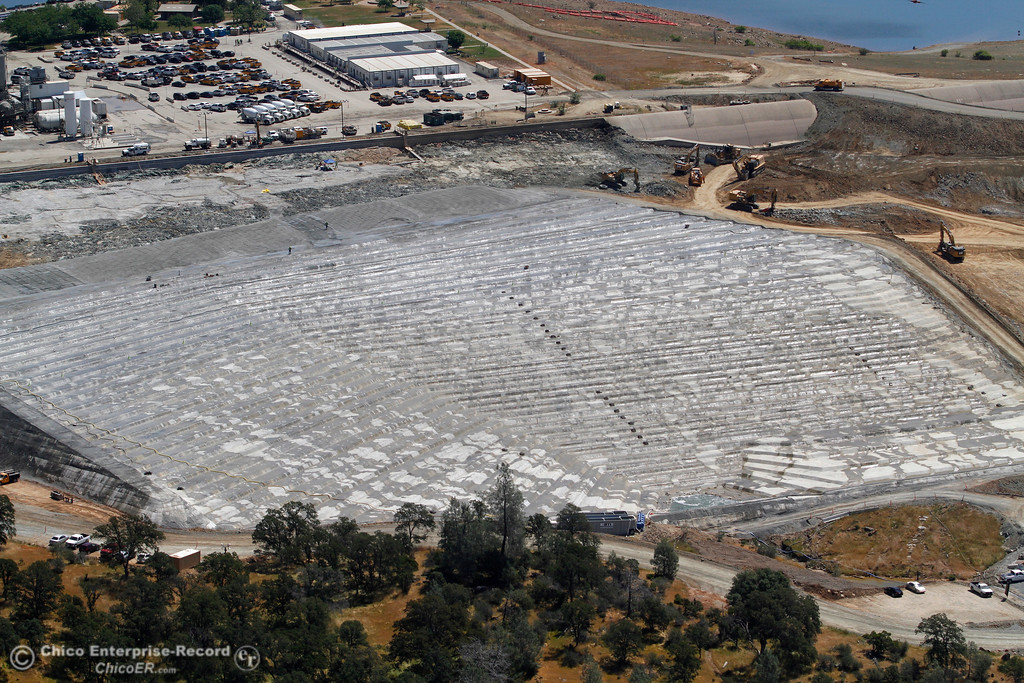 ". Emergency spillway ""splash pad,\"" with Lake Oroville water at top of frame. An aerial view of the Oroville Dam and spillway from the Butte County Sheriff\'s Office helicopter Friday, May 17, 2018, in Oroville, California. (Dan Reidel -- Enterprise-Record)"