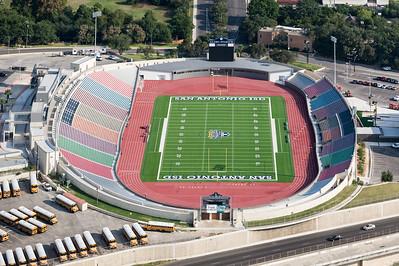 09/23/2014 092619 -- San Antonio, TX -- © Copyright 2014 Mark C. Greenberg  Alamo Stadium